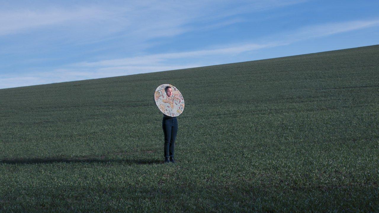 Atmospheric And Dreamy Portrait Photography Of Julia Krämer
