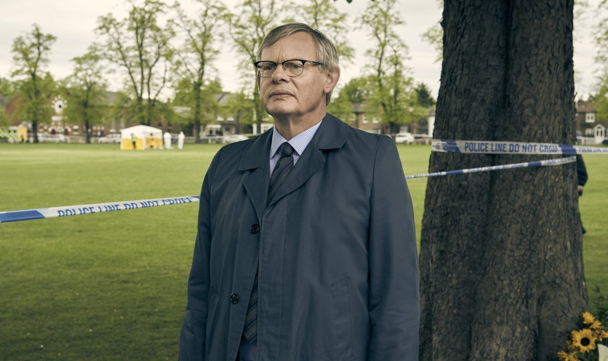 Acorn TV 2019 Schedule Of Crime, Drama, And Thriller Show Releases manhunt