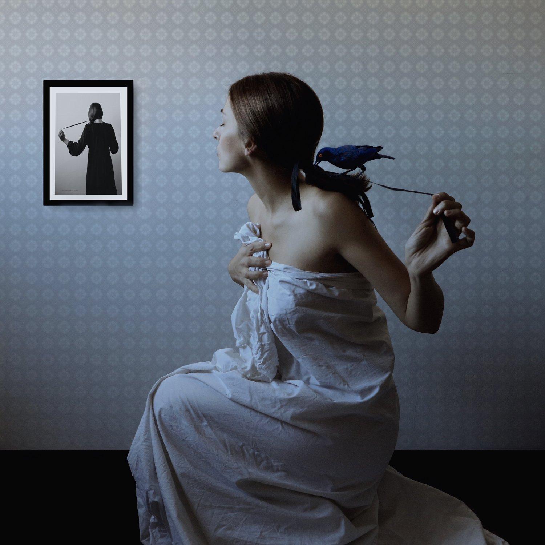 Ritratto in bianco e nero The Mysterious World Of Montserrat Diaz Photography