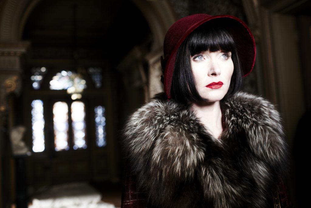 Miss Fisher's Murder Mysteries Murder Under The Mistletoe