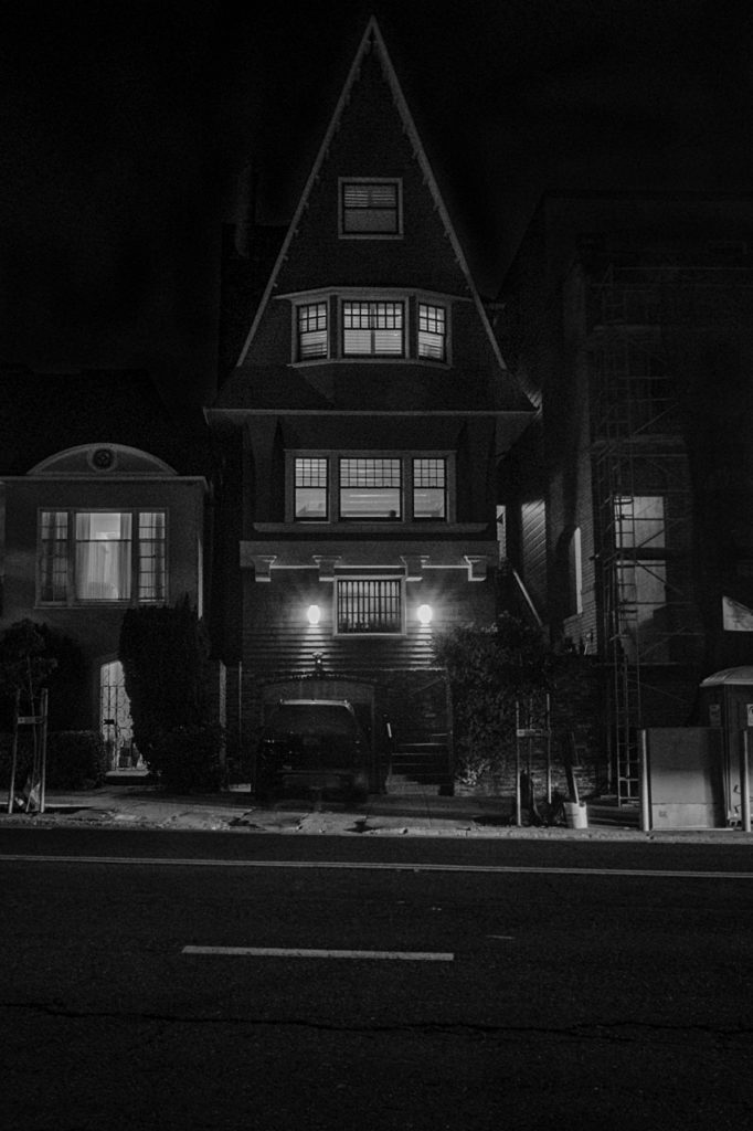 The Dead Beat Scroll: Scene-setting Noir Photography From San Francisco
