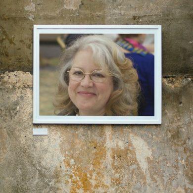 Una conversazione con Julia Spencer-Fleming nascosta dai nostri occhi