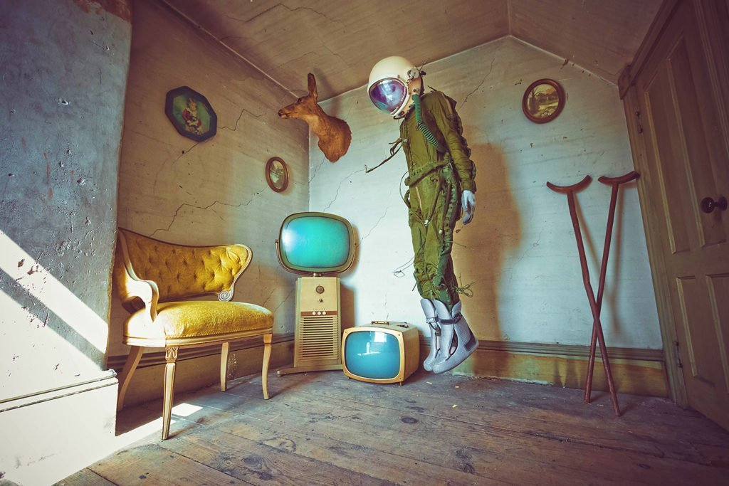 Karen Jerzyk's Surreal Photography The Lonely Astronaut 6