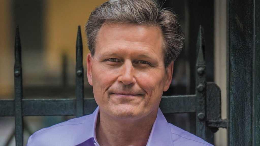 Video Conversation Between Bestselling Authors David Baldacci And Gregg Hurwitz